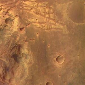 Las imágenes, de una resolución sin precedentes y en su mayor parte referidas al polo sur de Marte, muestran por vez primera dónde está el agua que ya se sabía que existía, y en qué volumen.