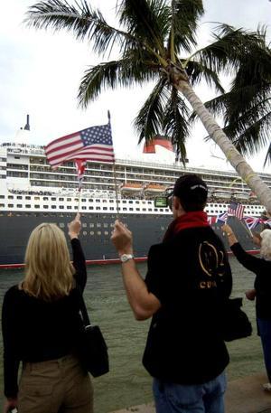 El Queen Mary original hizo su primera travesía en 1934 y actualmente es un hotel en la ciudad californiana Long Beach (EU).