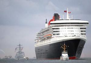 El pasado noviembre quince personas que visitaban el Queen Mary 2 en esos astilleros murieron al desplomarse una pasarela de acceso al barco.