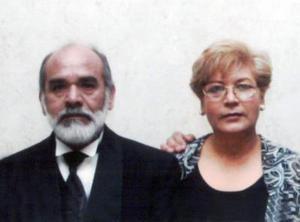 Ismael Pimientel Sánchez y Constanza Chávez de Pimentel.