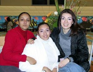 Ana Cecilia Acosta, Arely Salazar y Claudia Licón.