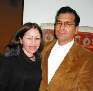 Juana María Díaz y Ramón García J.