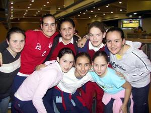 Lulú Iduñate, Sarita Garibay, Nonis Dueñes, Ana Rosa Cedillo, Iliana Soto, Susana González, Valeria Martínez y Aracely Carmona.