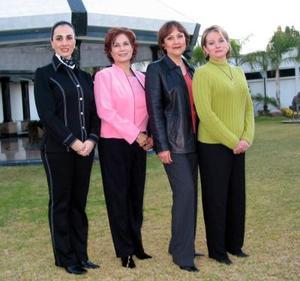Gabriela de Herrera, Alma Islas de Garza, Alma Rosa de Campos y Susana de Garza anfitrionas del Club de Jardinería La Rosa.