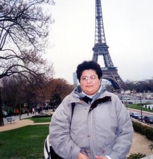 Doctora Rocío Arreola Rosales durante su estancia en París Francia.