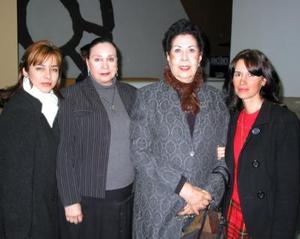 Lucy de Gama, Lupita de Del Río, Esther González Navarro y Magda Peña.
