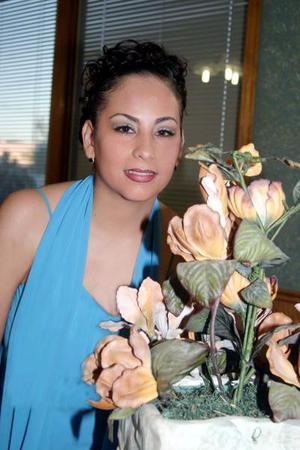 Gely Rocío Ibarra Estrada durante su despedida de soltera.