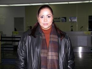 Myrna Rodríguez viajó a la Ciudad de México, para atender asuntos de negocios.