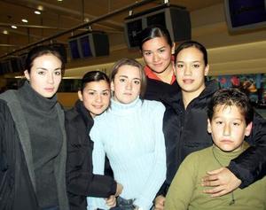 Tortol Juárez, Alma Villlobos, Mariana Portal, Cecy Ávalos y Pepito Alatorre.