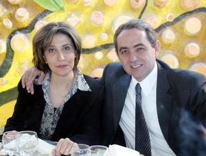María Ofelia y Pedro Torre.