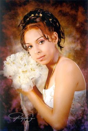 Srita. Iliana Elizabeth Jacinto Lechuga en una fotografía de estudio con motivo de sus quince años de vida