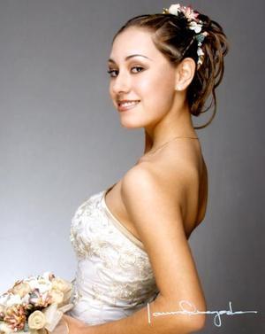 Srita. Ana Luisa Revueltas Esquivel celebró sus quince años de vida el tres de enero de 2004.