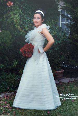 Srita. Blanca Barraza Farías el día de su fiesta de quince años.