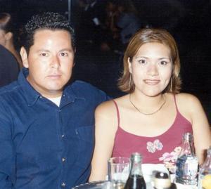Antonio Sánchez Martínez y Claudia Elena castañeda de López contraerán matrimonio el próximo tres de abril.