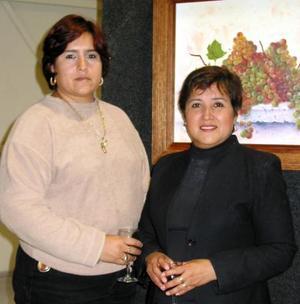 Patty Gutiérrez y Rosario Arizpe.