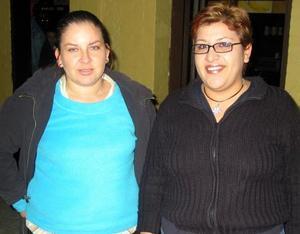 Teresa Reyes y Ludivina Galván