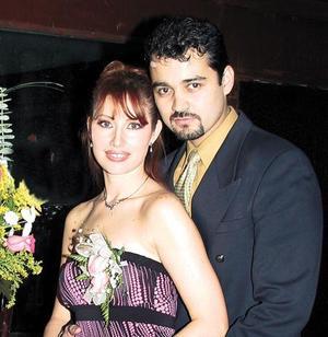 Claudia Elizabeth Tovalín Perales y Raymundo de Ramón Rojas.