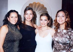 Inglaterra Esparza, Martha de Bianco, Patricia Acosta y Rocío Jiménez, captadas en pasado festejo