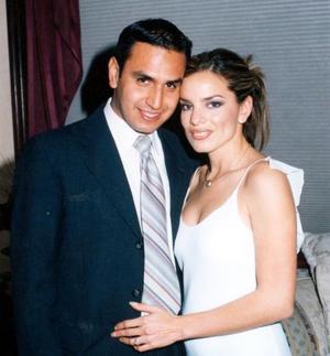 Jorge Mata y Patricia Acosta captados en un acontecimiento social.