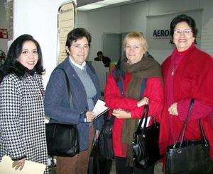 <u><b>01 de febrero</u></b>  Shirley Hazeli regresó a Brasil y Diana Molina a la Ciudad de México, las despidieron Gaby Cordero y Emma de Mesta.