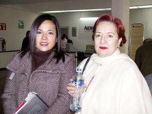 Luz Maria Trujillo fue despedida por Luz María Morales, antes de viajar a Chihuahua.
