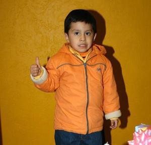 <b><u>03 de febrero</b></u> Luis Eduardo Garza Navarro festejó su cuarto cumpleaños de vida, con un divertido convivio que le organizaron sus papás.