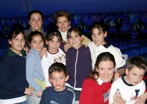 Anily García, Lorena, Ángela y Cristina Murra, Silvina Ruiz, Angelina  de García Arlette Maycotte y Dany Ruiz.