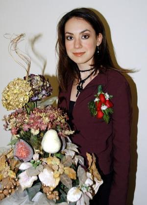 <b><u>03 de febrero </b></u>  Mónica González Sánchez contraerá matrimonio con Rodolfo Ruiz Treviño.