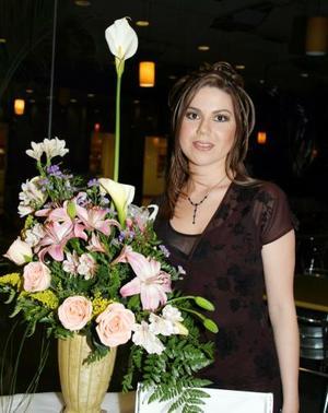 Beatriz Esparza Braña contraerá nupcias en breve con Raúl Iván Arredondo Orozco.