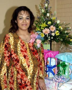 Claudia de Rodríguez de Reyes disfrutó de una fiesta de canastilla.