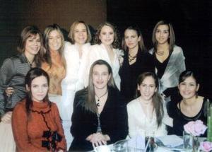Laurencia  González, Pily  Barrios, Ale Villalobos, Velia de Yarza, Daniela Garibay, Yasmín Gutiérrez, Hilda Calderón, Ana Gaby de Juan Marcos y Laura de Gómez.