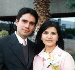 Carlos Arturo Cano Reed y Maribel Núñez Villanueva contrajeron matrimonio.