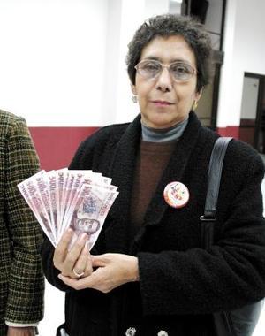 Micaela Lares, guardará los 10 mil pesos que ganó en la Siglomanía para lo que se le pueda ofrecer, a ella o a su familia.