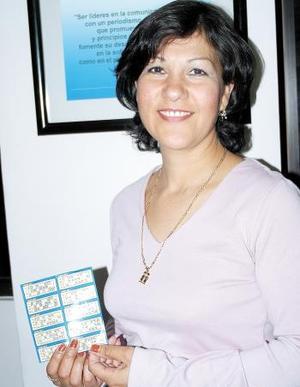 María Isela Chávez Adame, fue la primera en llamar a la línea de Siglomanía para reportar su tarjeta ganadora en la segunda semana del concurso.