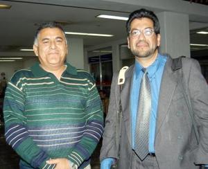 Felipe Siordia Gutiérrez regresó al D.F. y fue despedido por Héctor Becerra.