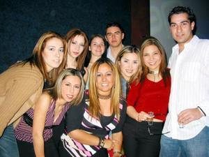 Hernam, Raquel, Karina, Luis, Osvaldo, Monserrat, Elda y Cristy.