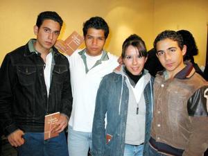 Juan González, Pedro Ávil, Susana Karbnik y Héctor Cárdenas.