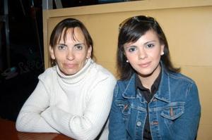 Ana Mueller y Claudia de Cepeda.