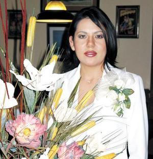 Miriam Barker Berumen en su primera despedida de soltera.