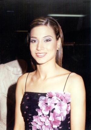 <u><b>09 de febrero</u></b><p> Ana Elisa Viesca Corrales lució feliz en su primera despedida de soltera.