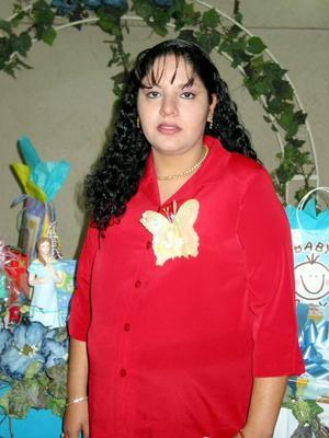 <b><u>09 de febrero </b></u><p>  Nancy Lucero de Amet fue festejada con un convivio, a la víspera del nacimiento de su bebé.