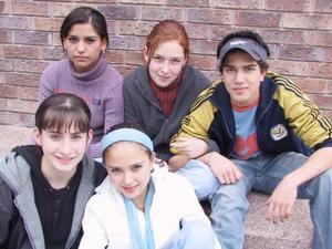 Emily Muñoz, Alina Dueñes, Daniel Chaidez, Almendra González, y Daniela Martínez.