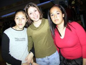 Karla Dios-Dado, Lizeth García, Rocío López.