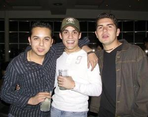 Moi Caruche, Cesar Estrada, Felipe Esqueda Tello.
