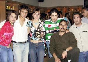 Nora Leyer, Eduardo Asunsolo, Edna Monroy, Bernardo Arroyo, Rolando Vinge, Jaime Chávez.