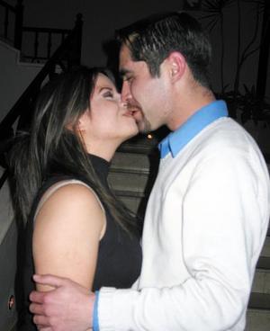 Melissa Elizondo López y Érick Hatchett