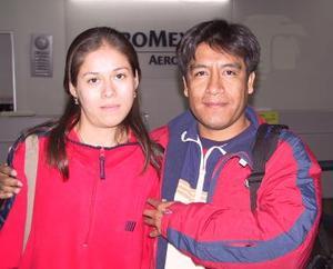 A México viajó Julio Félix Martínez, lo despidie  Blanca Alicia Castañeda