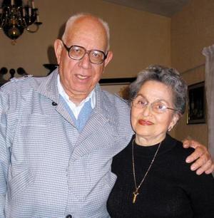 Francisco Bernal y Guadalupe Z. de Castro.
