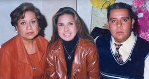Lupita Carrera, Cristy y Astrid Carrera de Israel Carrera