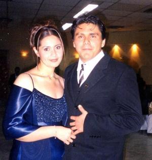 Perla Saldaña y Raúl Martínez.